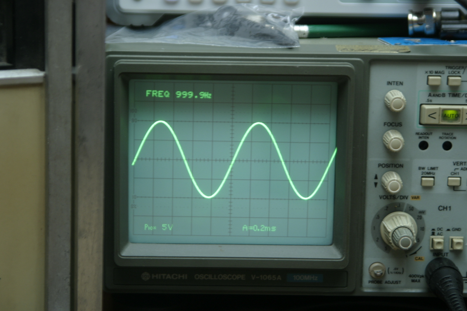 The Hitachi V-1065A Oscilloscope | DC2WK Blog